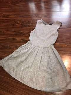 ARITZIA-TalulaDress/ with pockets/size4/heather light grey