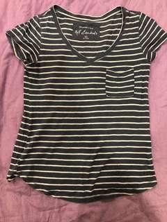 🚚 特價 - AF 藍底白條紋T shirt