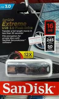 SanDisk EXTREME USB3.0 FLASH DRIVE 16Gb selling at $12.90
