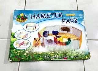 Hamster Park 8-Piece Playpen