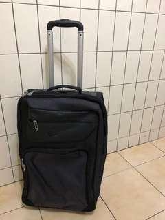 Nike golf 機能行李箱
