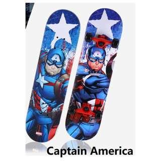 🚚 Skateboard for kids, Superhero. (3 to 12 years old). Double sided design.