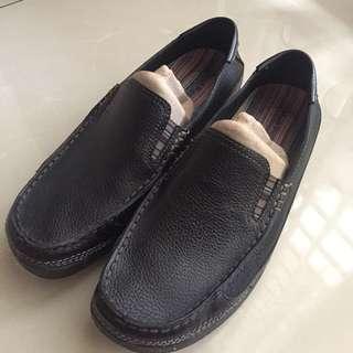 Hush Puppies slip on shoes black