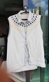 🚚 Embroidered Sleeveless Top