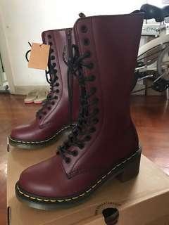 全新Dr Martens Boots 37碼