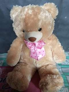 Boneka besar teddy bear