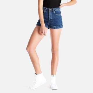 American apparel highwaist shorts (size27-28)