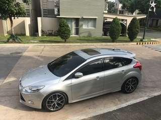 Ford Focus S not Lancer Civic vios