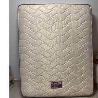 🚚 Dream Nite Queen Size Mattress #springcleanandcarousell50