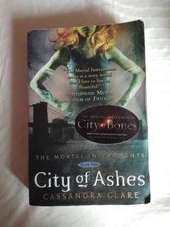 City Of Ashes ( The Mortal Instrument) - Cassandra Clare