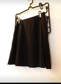 全新黑色短裙 Stradivarius black skirt
