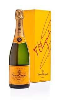 🚚 Veuve Clicquot Champagne Brut 750ml