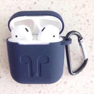 🚚 Elegant AirPods Case Silicone Sleeve & Carabiner (delivered)