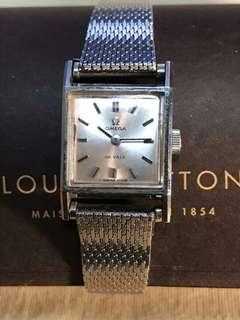 Omega watch with Omega box, not Rolex nor Chanel     ( ((working fine)) )                                                                          ((( NO BARGAIN, PLS !! 拜托!!!)))