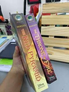 RICK RIORDAN, KANE CHRONICLES BOOK 1 & 2
