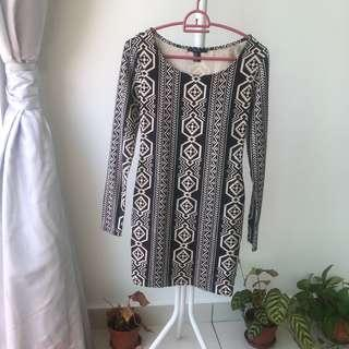 Forever 21 black and white Aztec bodycon dress