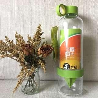自己榨果汁!妙管家 果鮮瓶(果汁冷水瓶)830ml