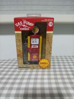 Greenlight Collectibles 1:18 SHELL Vintage Gas Pump Collection.