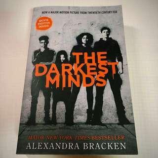 🚚 Alexandra bracken -- The Darkest Minds !!
