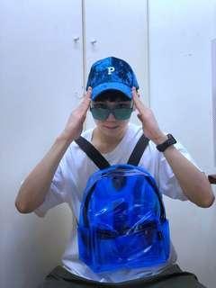 🚚 霓虹透明藍背包