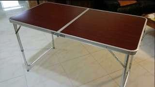 Foldable table for rent