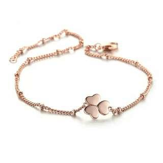 Lucky Clover Rose gold Bracelet