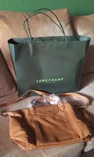 (SALE) Brand new Longchamp Le Pliage in Cuir