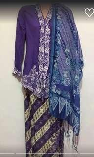 Purple kebaya