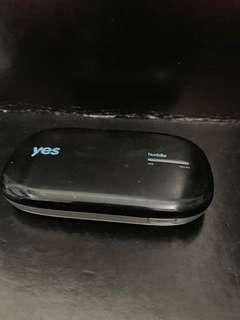 Yes 4G Huddle (need new battery)