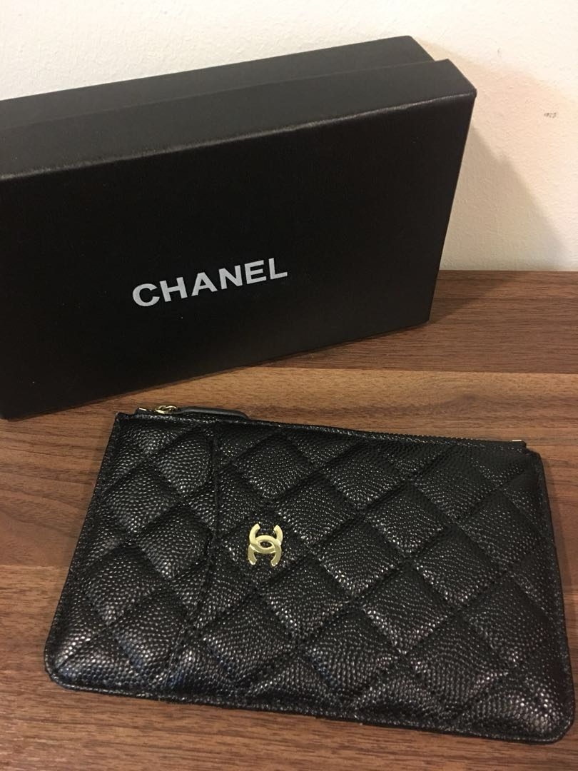 5fa270f312bd Chanel Phone Pouch, Women's Fashion, Bags & Wallets, Wallets on Carousell