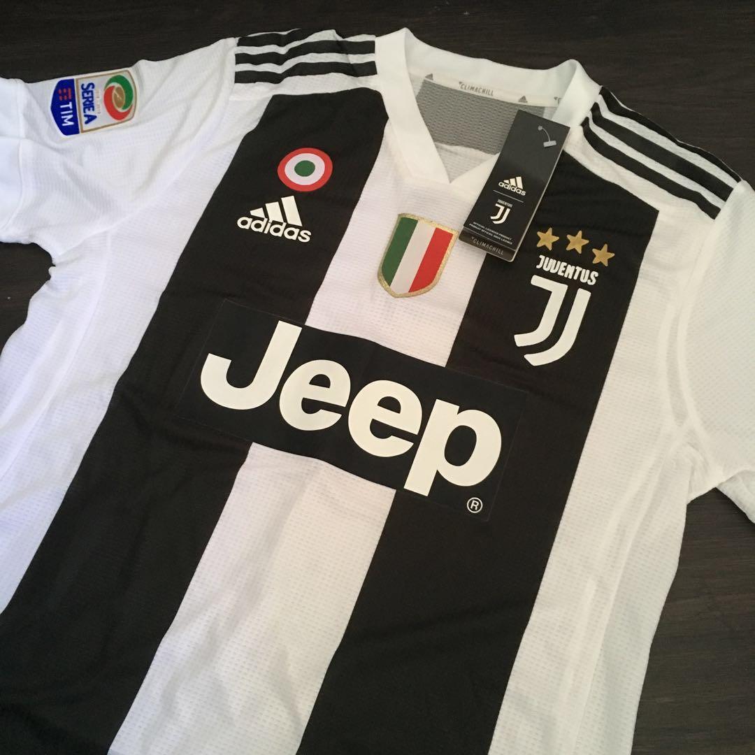 Juventus Ronaldo Jersey Size S 33227c445