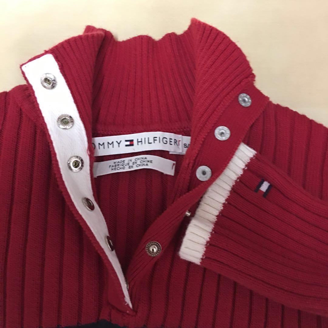 Like new Tommy Hilfiger Sweater