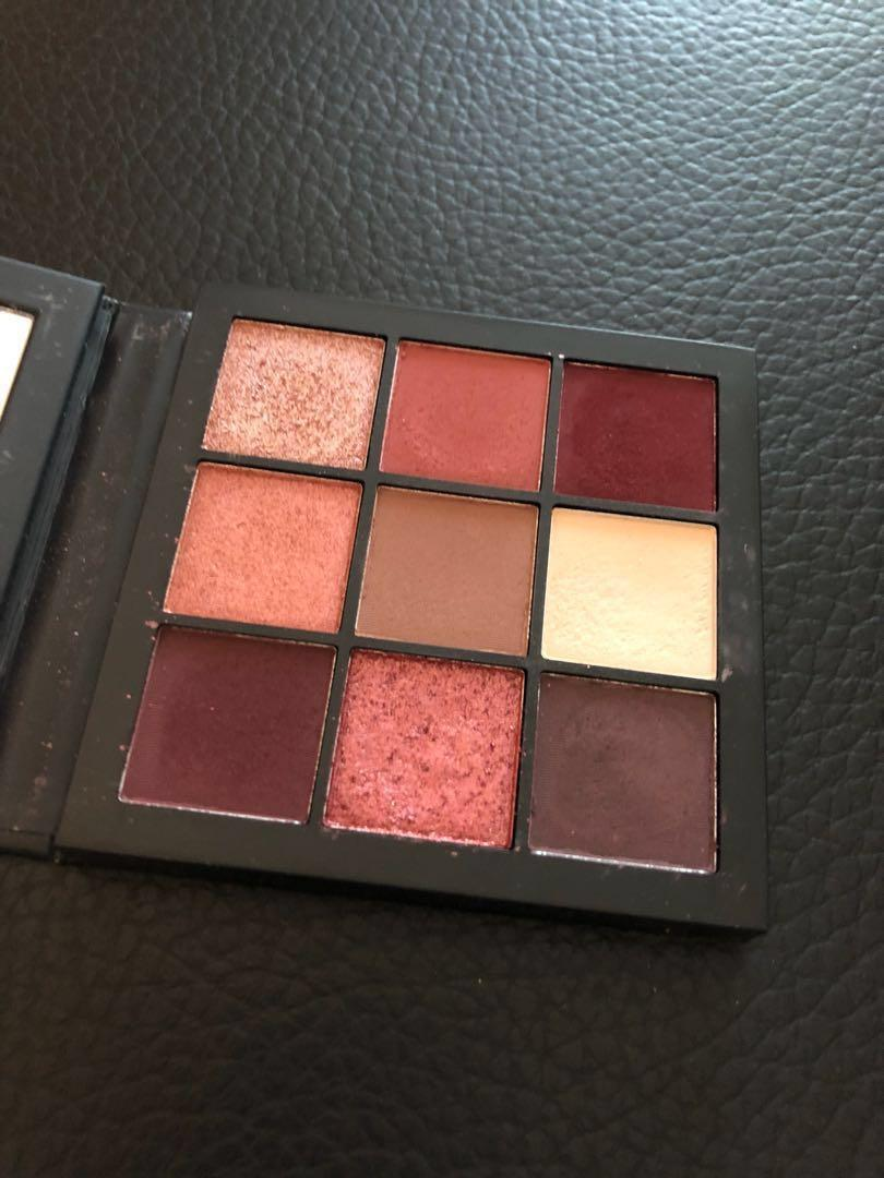 Nars orgasm, Huda Mauve Palette, Marc jacobs lipstick, Hera cushion foundation