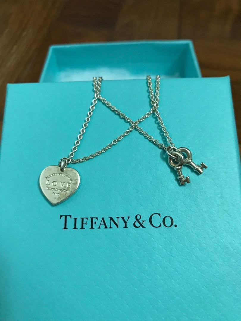 dc2a5fe5c Tiffany & Co (Love Heart Tag Key Bracelet), Women's Fashion ...