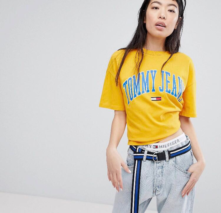 451ed058a604 Tommy Jeans Collegiate Logo Tee