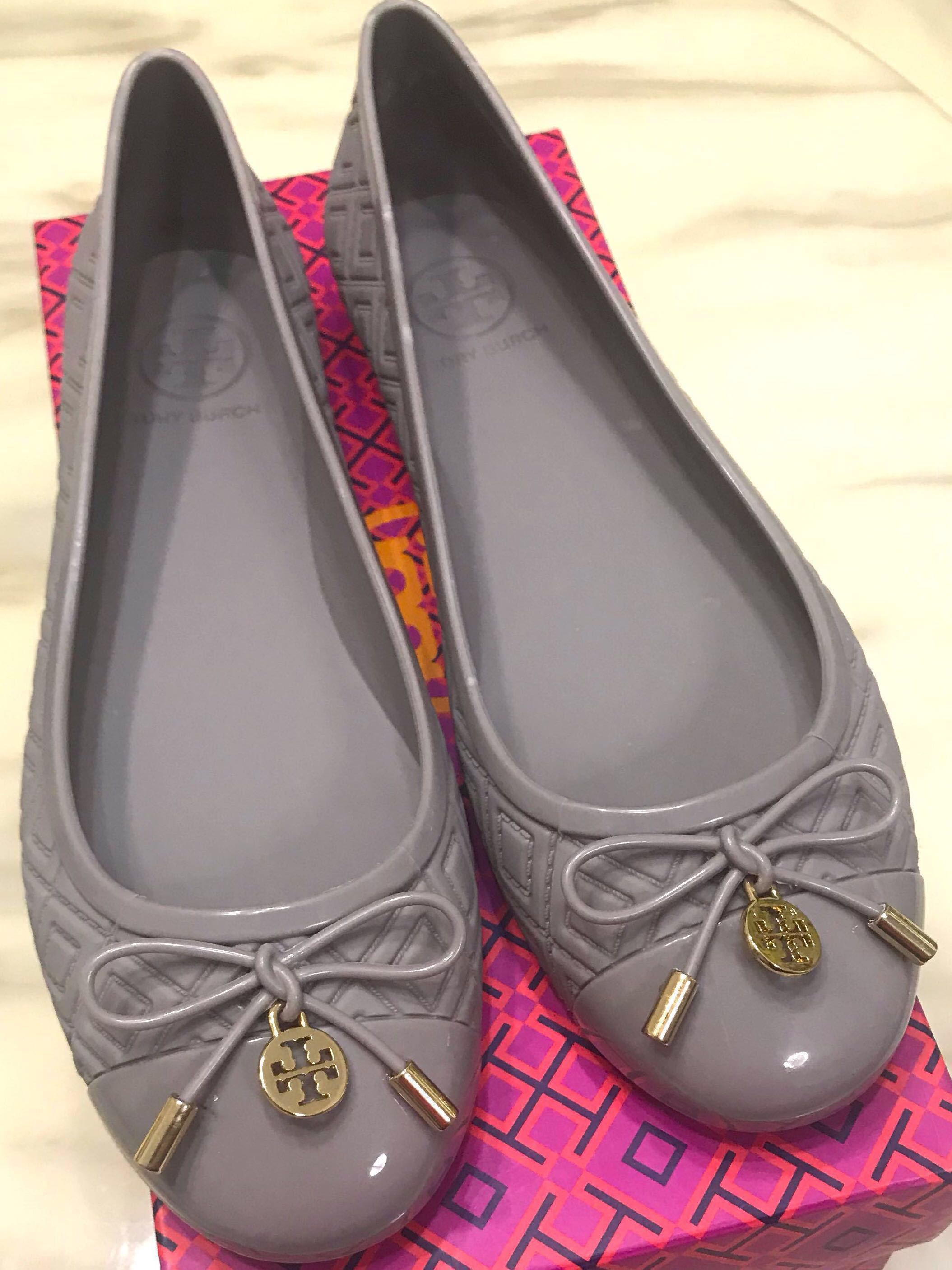 a941567a215 Tory Burch Jelly Ballet Flats, Women's Fashion, Shoes, Flats ...