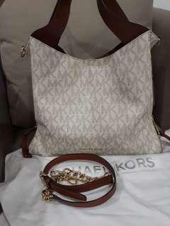 REPRICE Preloved Michael Kors Authentic only 1.75jt
