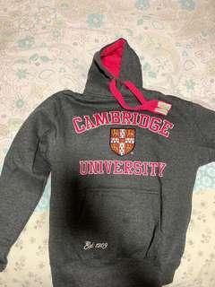 Cambridge fleece hoodie size S 80% new