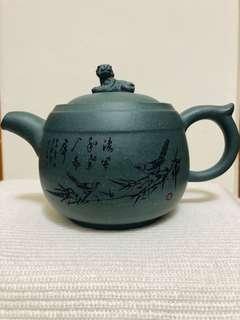 🚚 天青色老虎繪畫茶壺