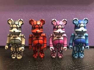 Medicom Toy Bearbrick 100% X-LARGE  1 set 4隻