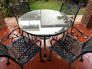 Outdoor furniture - metal round table with 4 chairs
