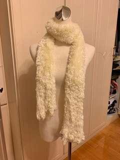 🚚 可伸縮彈性圍巾