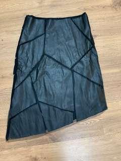 真皮黑色半截裙