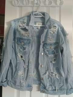 F21 women's demin ripped oversized jacket (small)