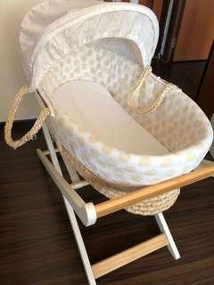 Moses Basket for Rent