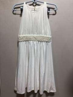 Bridesmaid / wedding dress