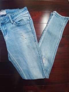 Women's skinny jeans (size 5 from ardene)