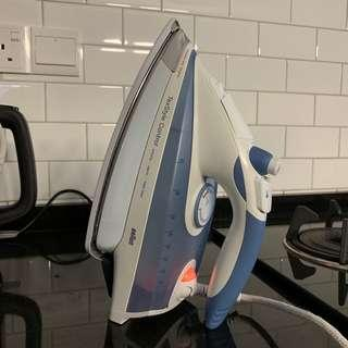 Braun Steam Iron 2400W