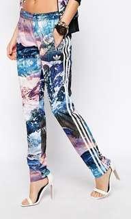 Adidas original mountain print sweatpants