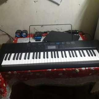 Casio CTK – 1200 Standard Portable Keyboard